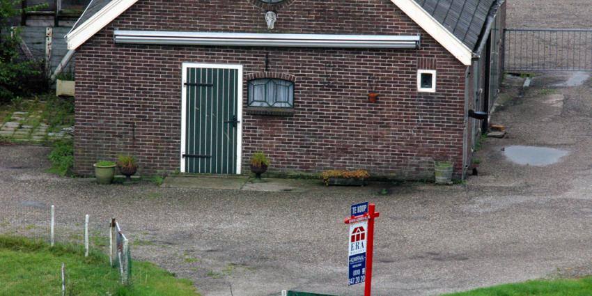 Aantal boerderijen in Flevoland daalt minder snel dan elders