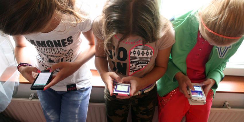 Bijna alle jongeren bezitten een smartphone