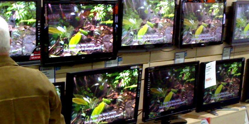 'Aantal tv-aansluitingen blijft verder dalen'