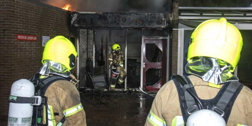 Clubhuis tennisvereniging Schiedam in vlammen op