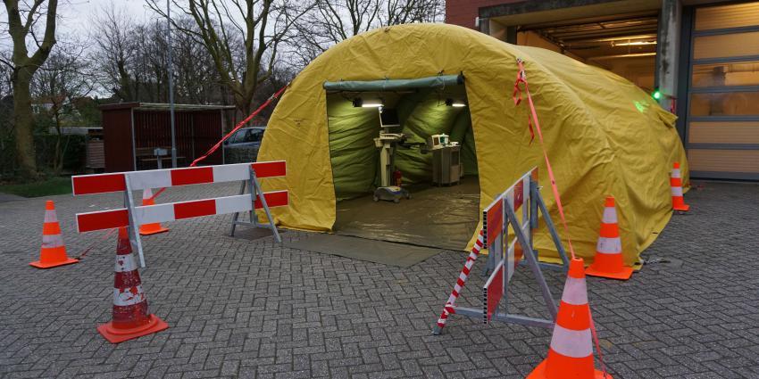 Ziekenhuis Hoorn plaatst tent voor SEH-patiënten vanwege het Coronavirus