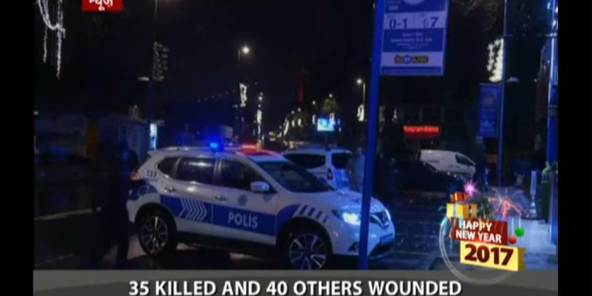 Terrorist verkleed als kerstman schiet 39 mensen dood in Turkse nachtclub