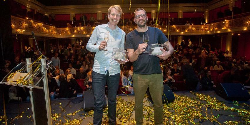 Theo Maassen en Jan Beuving winnen cabaretprijzen