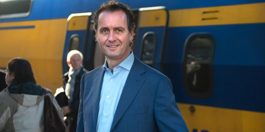 'NS-topman Timo Huges stapt per direct op'