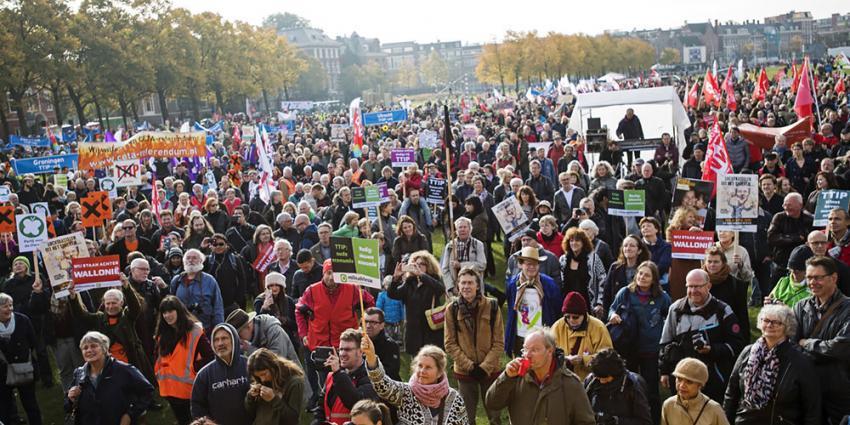 8000 Mensen op op de been tegen handelsverdragen