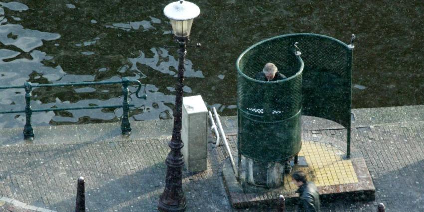 Vrouwen doen vrijdag ''plastest'' op urinoir Leidseplein
