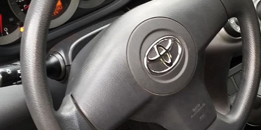 Toyota roept in Nederland ruim 36.000 auto's terug