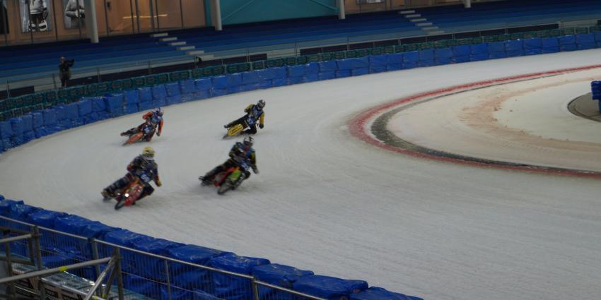 Training WK Ijsspeedway druk bezocht