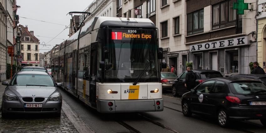 Onwel geworden man pas na 7 uur opgemerkt in Belgsiche tram