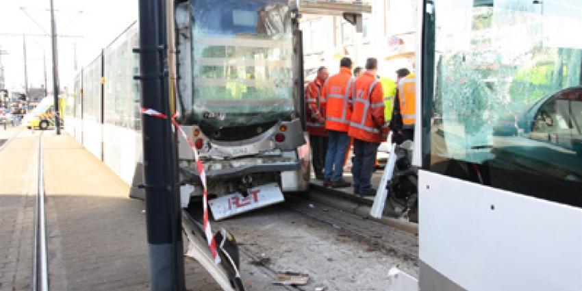 Foto van botsing trams RET Rotterdam | Archief Flashphoto.nl | www.flashphoto.nl