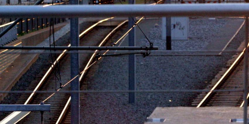 Treinverkeer Deveter plat om verdachte koffer