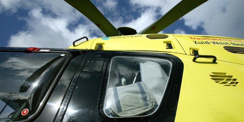 Man overleden na botsing met auto in Otterlo