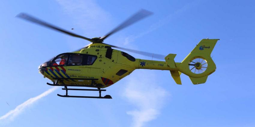 Twee jongens zwaargewond bij ongeval tussen auto en snorscooter