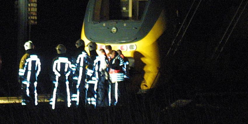 Ongeveer 450 reizigers 2 uur vast in donkere HSL-tunnel