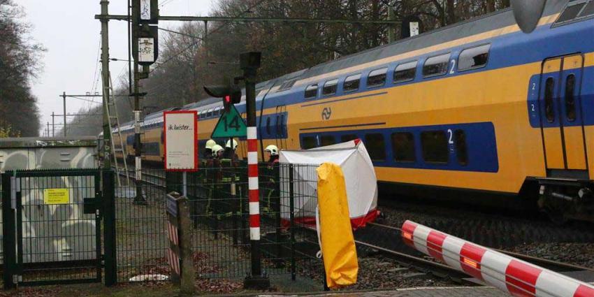 Vrouw overleden na aanrijding met trein in Assen