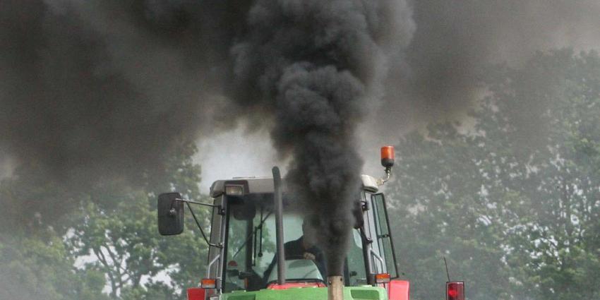 Opnieuw voor tonnen aan extra CO2 de lucht ingegaan door protesten van boeren