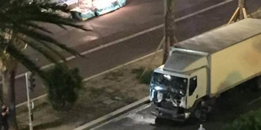 Zeker 80 doden en tientallen zwaargewonden bij aanslag in Nice