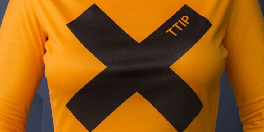 Na Frankrijk en Duitsland nu ook duizenden Italianen de straat op tegen TTIP