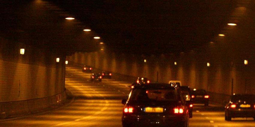 Politie vordert rijbewijs in van spookrijdster