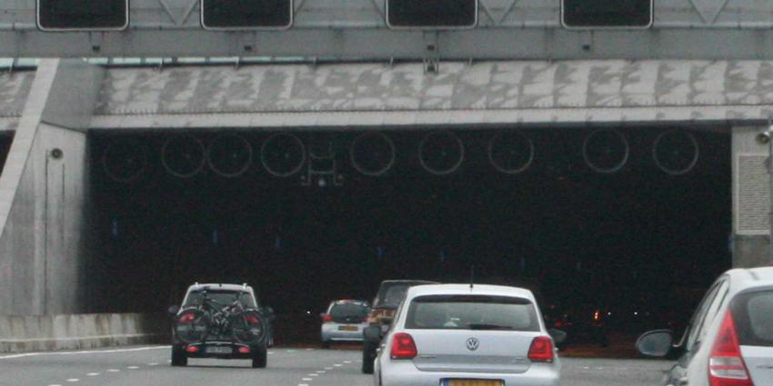 tunnelbuis-snelweg