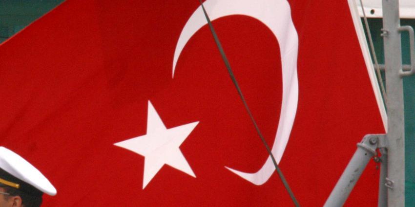 'Eerste prognoses Turks referendum tonen winst voor ja-kamp'