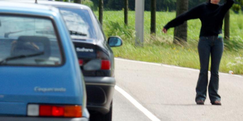 vrouw, vermoord, instappen, verkeerde auto, uber, man, aanhouding