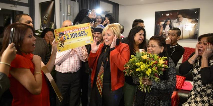 Postcode Loterij maakt 7 inwoners van Amsterdam Zuidoost miljonair