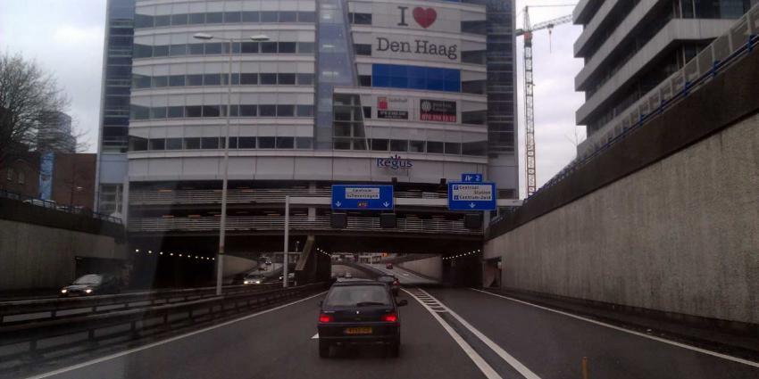 Utrechtsebaan (A12) afgesloten door ijsvorming door waterlek