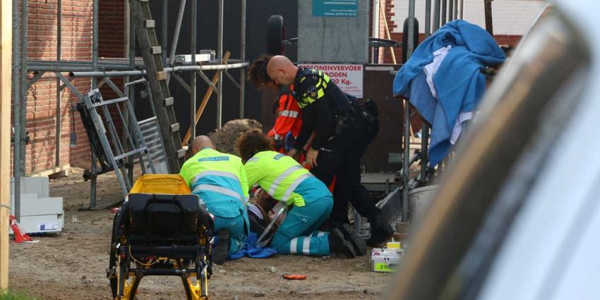 Man gewond na val van steiger in Schijndel