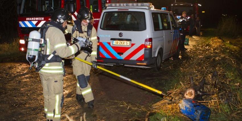 Onbekende vaten in Broekpolder in Vlaardingen aangetroffen