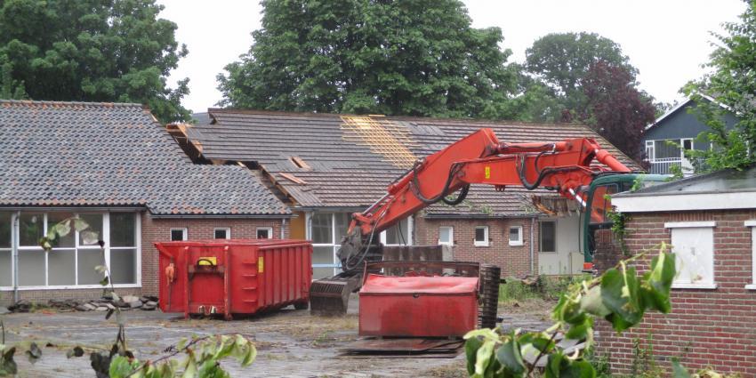 Verbouwing voormalige school aan Helomalaan