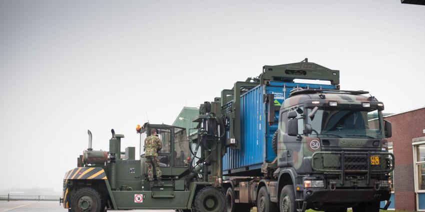 Materieel voor luchtbewakende F-16's op weg naar Litouwen