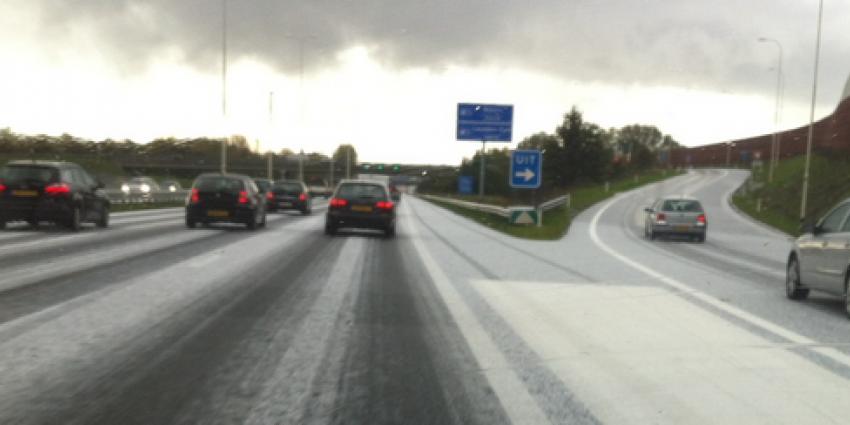 Witte wegen door hagel   VID