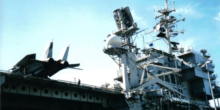 foto van landing vliegtuig   fbf