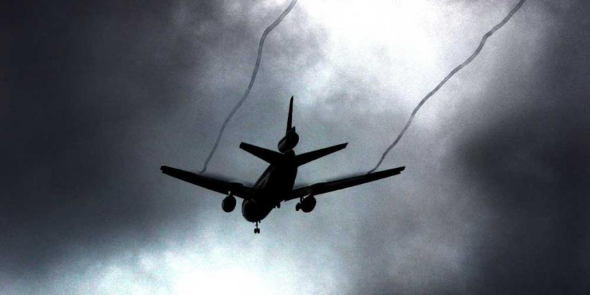 Agressieve passagier (24) overlijdt tijdens vlucht
