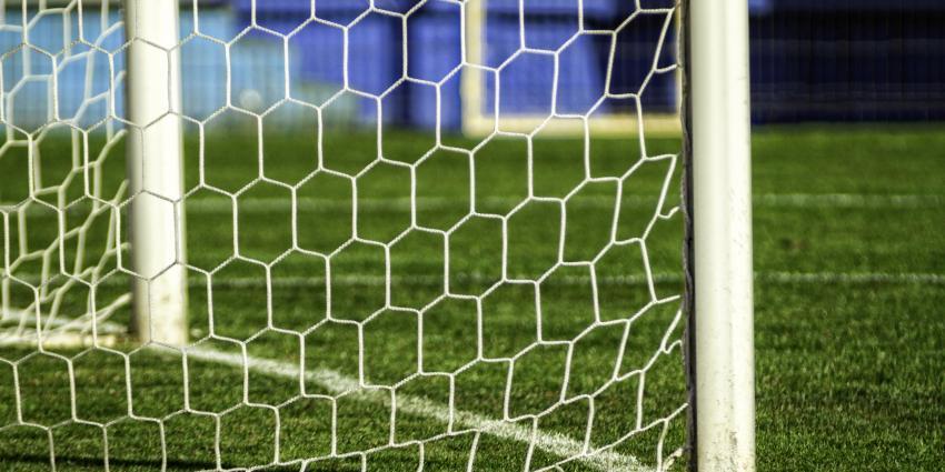 NEC pakt in slotfase alsnog zwaarbevochten punt in hectische derby