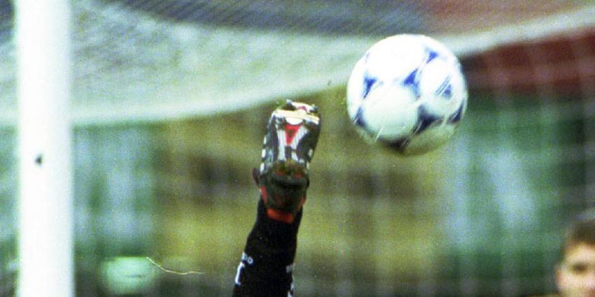 Zwak Feyenoord pakt in absolute slotfase toch winst bij NEC