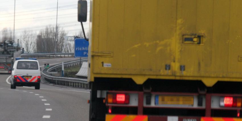 Vreemdelingen aangetroffen in vrachtwagen De Meern