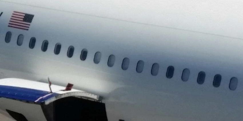 VS-Boeing 737-aan de grond