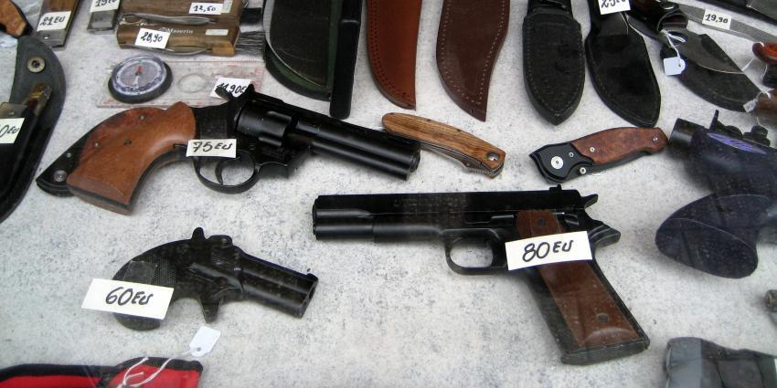 Politie onderschepte in de afgelopen 2,5 jaar 24.000 vuurwapens