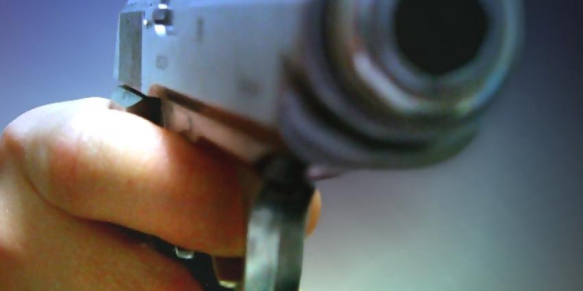 Celstraf voor schot met wapen op schoolplein