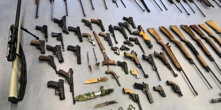 Ruim 250 wapens ingeleverd bij Rotterdamse politie