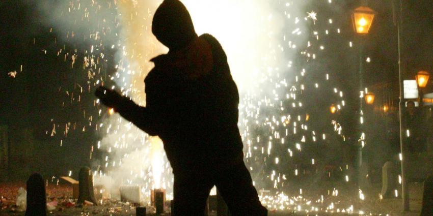 Vernieling door zware vuurwerkbom in Driebergen