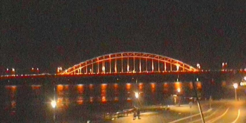 Kijk hier via webcam live naar overstromen Waalkade Nijmegen