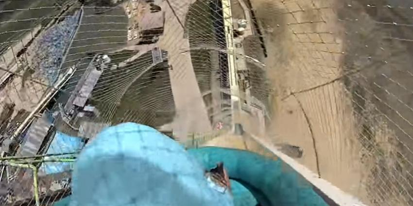Kind (10) komt om na afdaling van 's-werelds grootste waterglijbaan