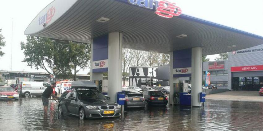 Noodweer trekt over Nederland