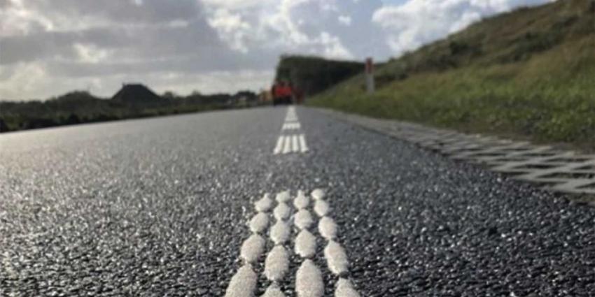 wegmarkering-asfalt
