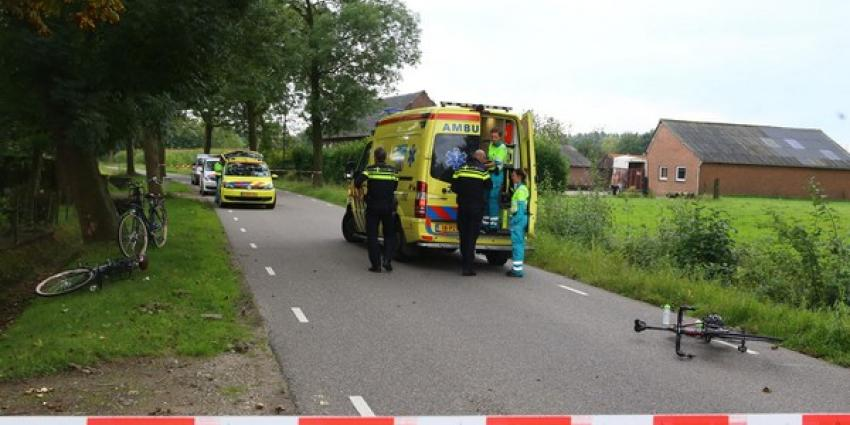 Wielrenner gewond na botsing met fietsers
