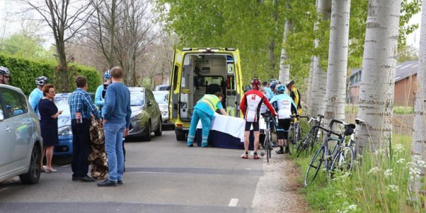 Wielrenner gewond na aanrijding met auto