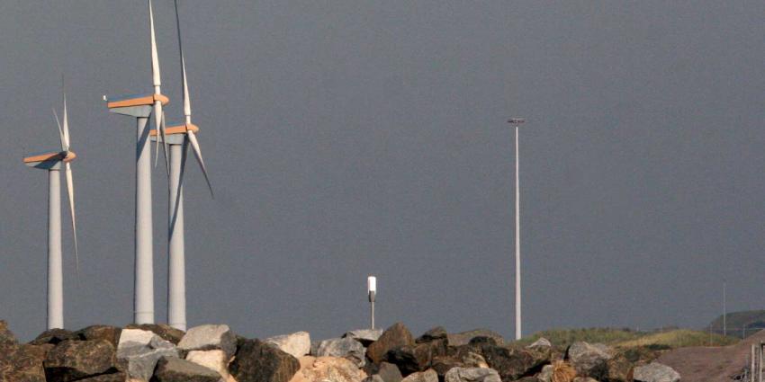 Provincie mocht nieuwe windturbines in Amsterdams havengebied weigeren